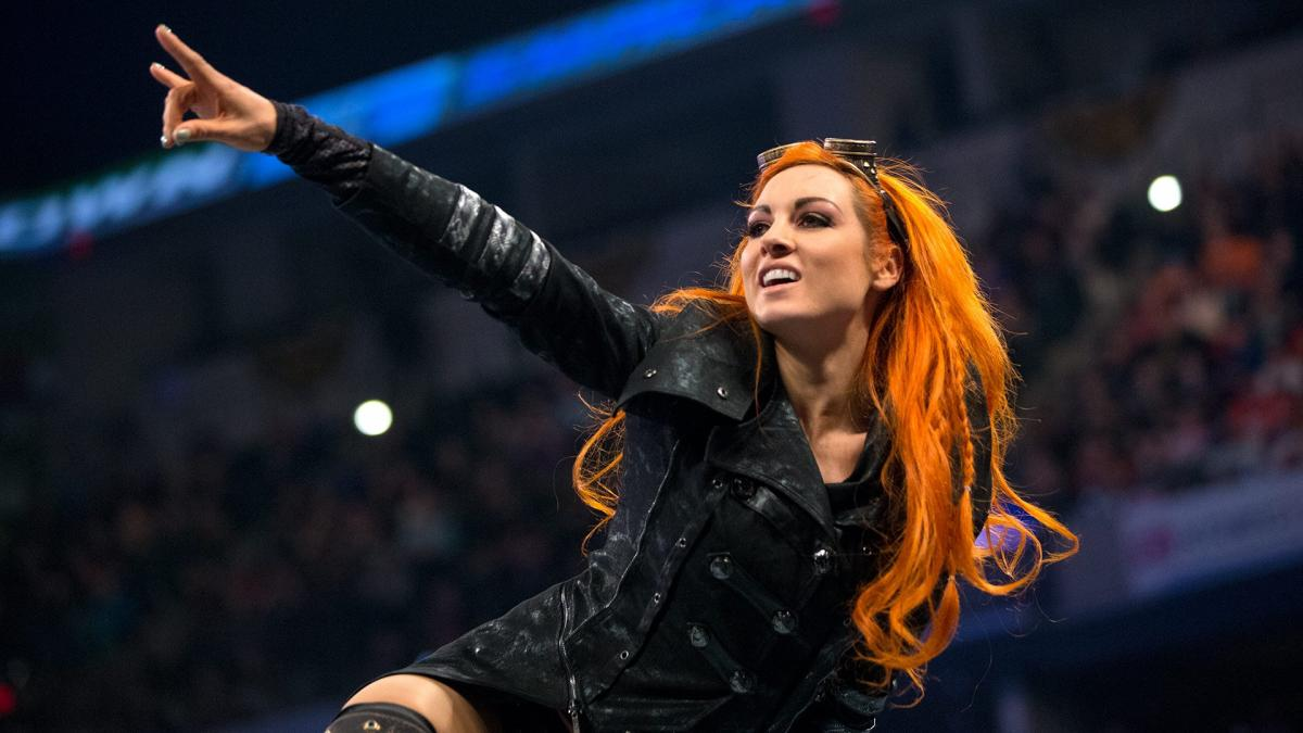 Becky Lynch en defensa de Conor McGregor