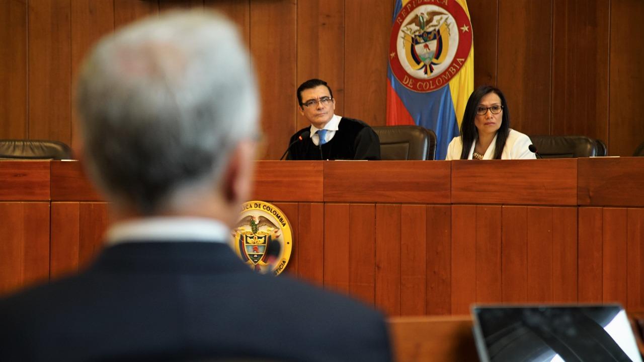 Uribe: vinculado formalmente a proceso en la Corte