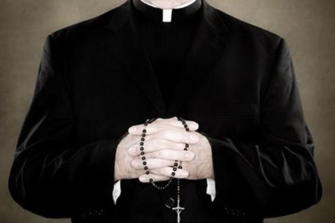 La secta sexual que avergüenza al Vaticano