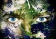3827330-medio-ambiente-concepto-ojos-del-planeta-tierra