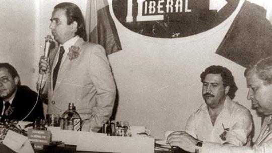 Santofimio y Escobar