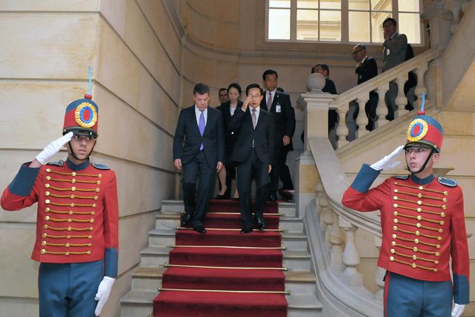 Juan Manuel Santos y el presidente de Corea
