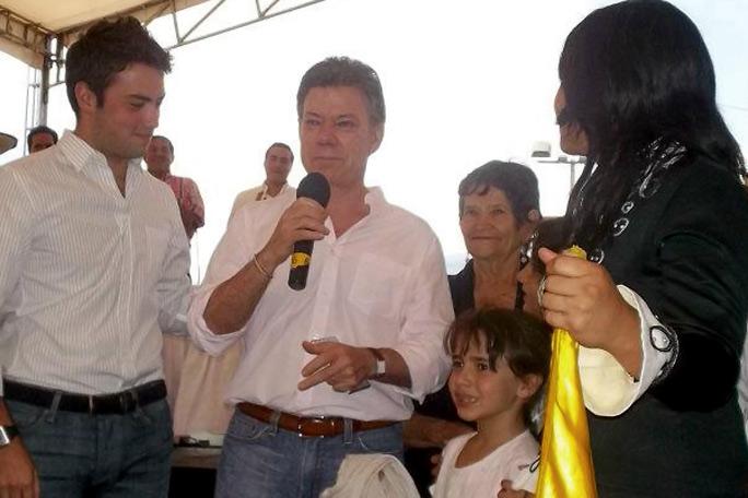 Juan Manuel Santo llora