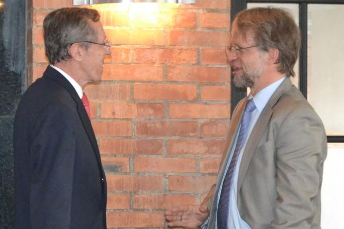 Antonio Navarro y Antanas Mockus
