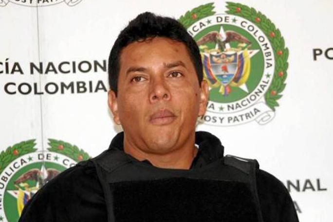 Carlos Torres, Fritanga