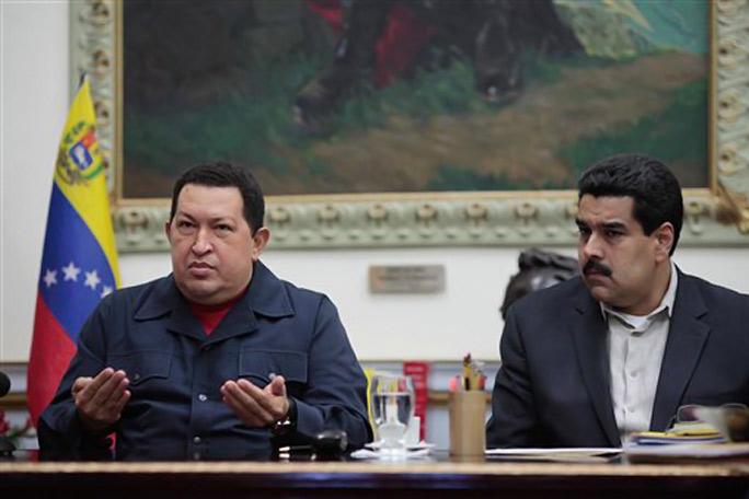 Hugo Chavez y Nicolás Maduro