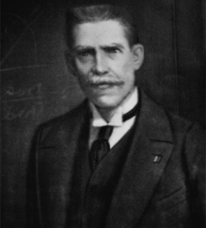 Julio Garavito Armero