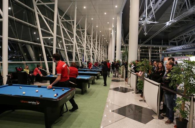 Kienyke Aeropuerto de Oporto