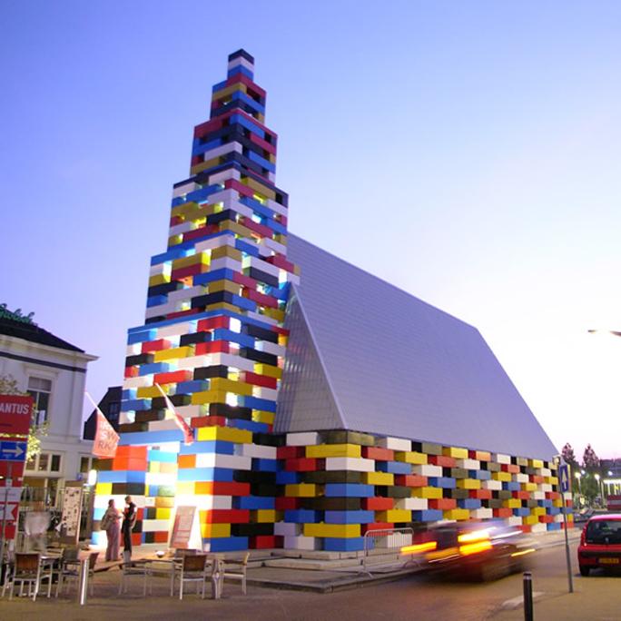 Iglesia de Legos, kienyke