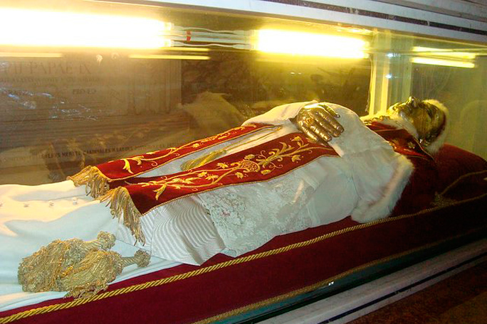 Pio IX, Kienyke