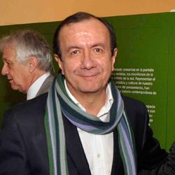 Carlos Duque, Kienyke