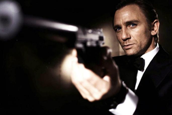 james Bond,kienyke