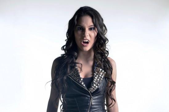 Chica Vampiro, kienyke