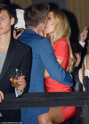 Paris Hilton, kienyke