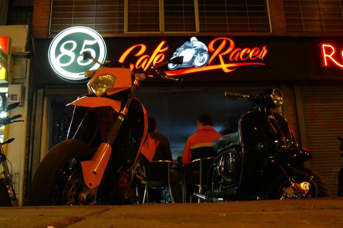 Cafe Racer, Kienyke