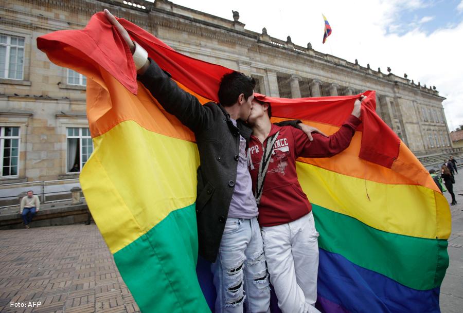 Comunidad LGBT, Colombia, Kienyke