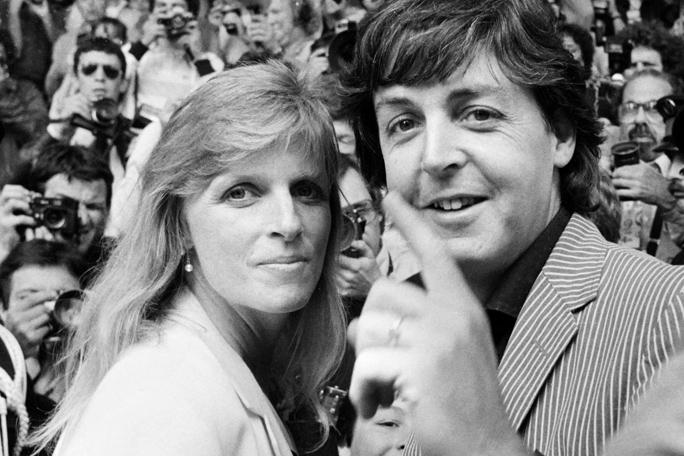 Linda y Paul McCartney, Kienyke