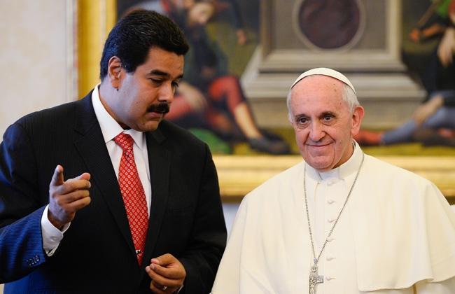Nicolás Maduro habla con el Papa sobre Colombia