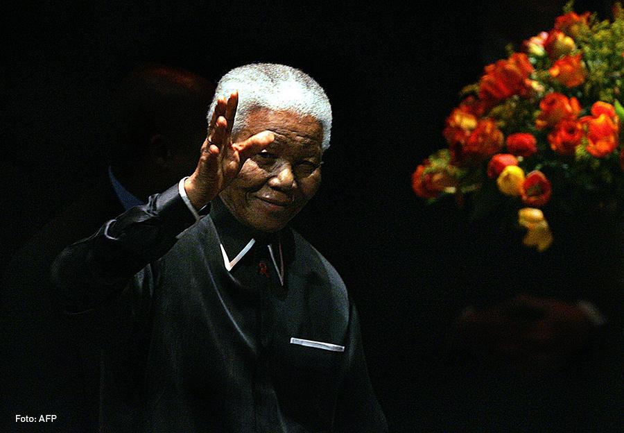Nelson Mandela, Kienyke