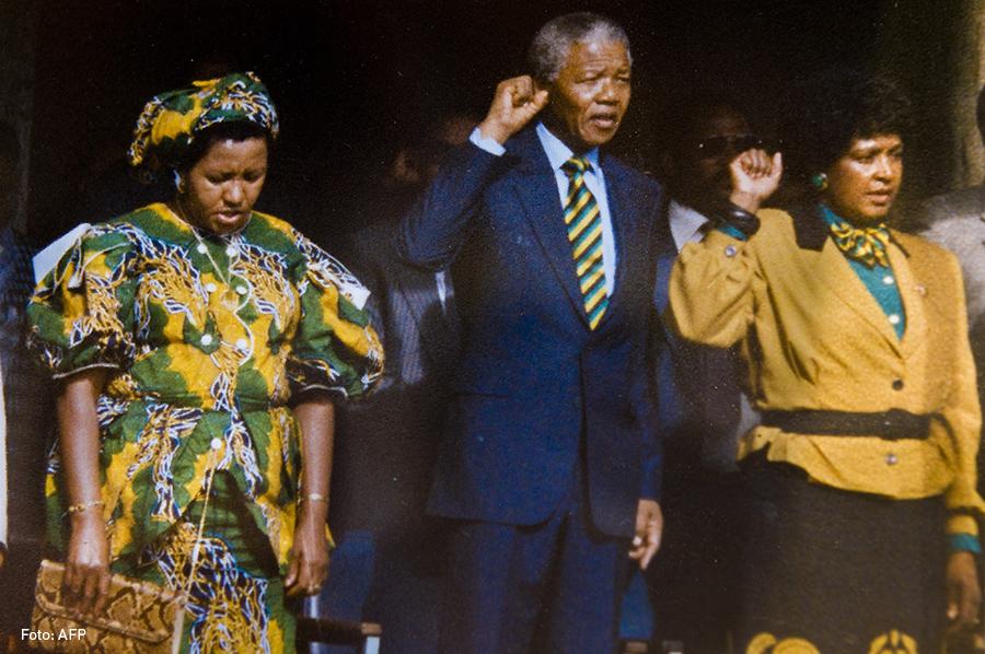 Nelson y Winnie Mandela, Kienyke