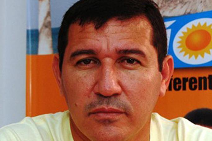 Austeridad, Cura Hernando Alvarez, kienyke