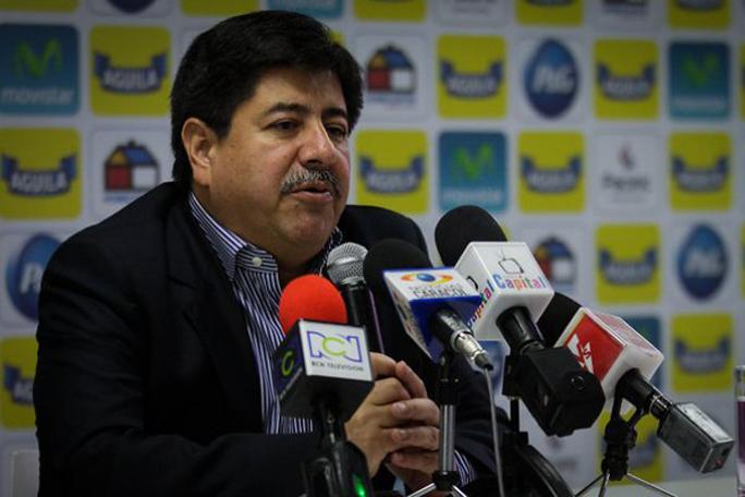 Luis Bedoya, kienyke