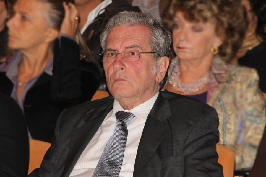 Carlos Holguin Sardi, kienyke