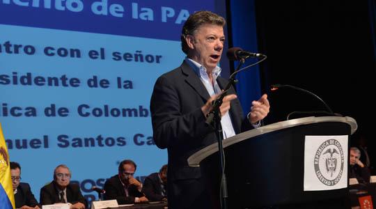 Santos defiende proceso de paz en Nueva York
