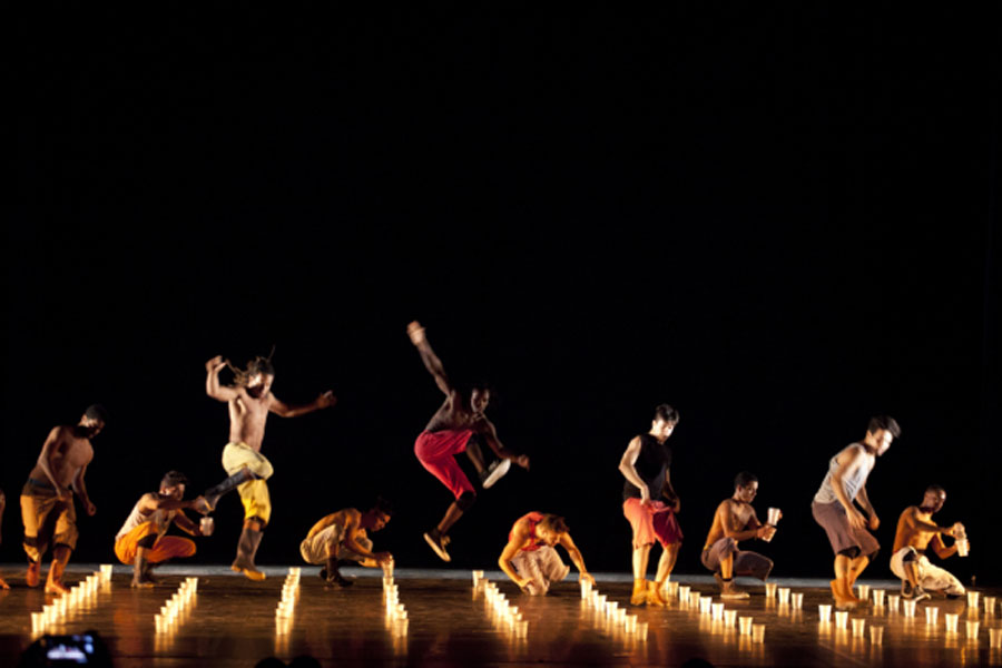 Bienal de danza Cali, Kienyke
