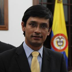 Camilo Romero, Kienyke