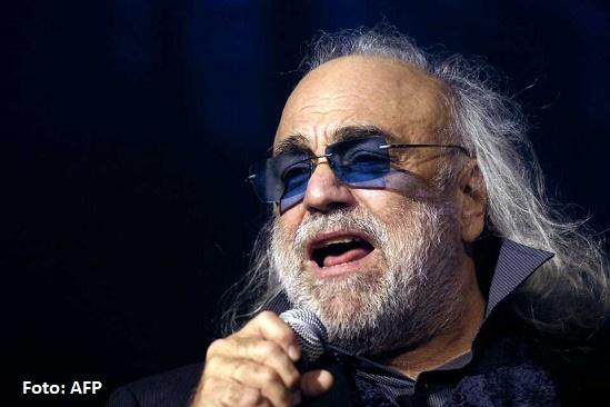 Murió a los 68 años el cantante griego Demis Roussos