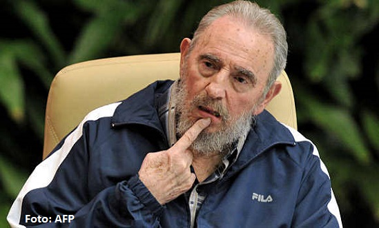 Reaparece Fidel Castro diciendo que no confía en Estados Unidos