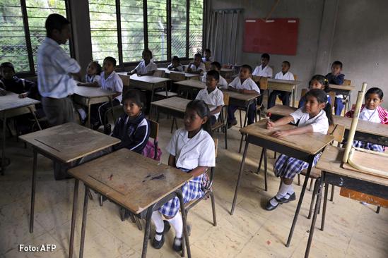 Educación en Colombia, estudiantes escolares