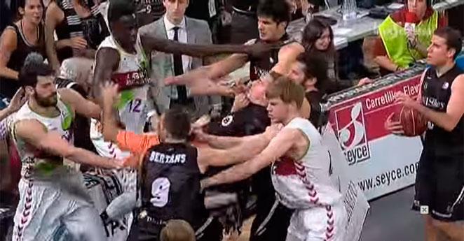 (Video) Brutal pelea en el baloncesto español