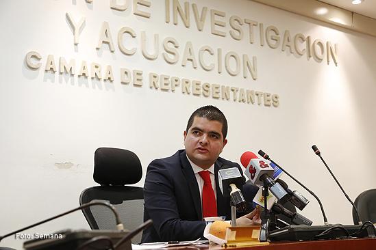 Comisión de Acusaciones abre investigación formal contra Pretelt