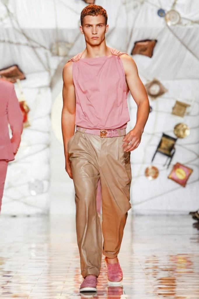 Versace-Milan-Men-SS15-4966-1403374277-bigthumb[1]