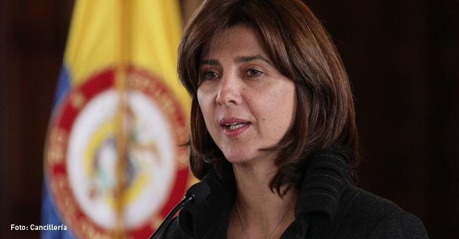 María Angela Holguín , canciller de Colombia