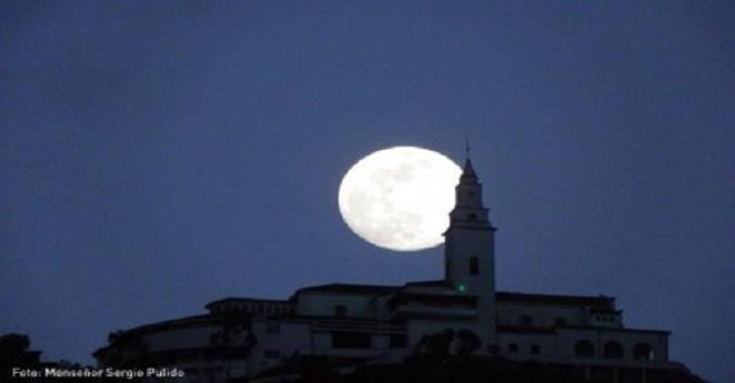 Más de 70 mil personas visitaron Monserrate Jueves y Viernes Santo