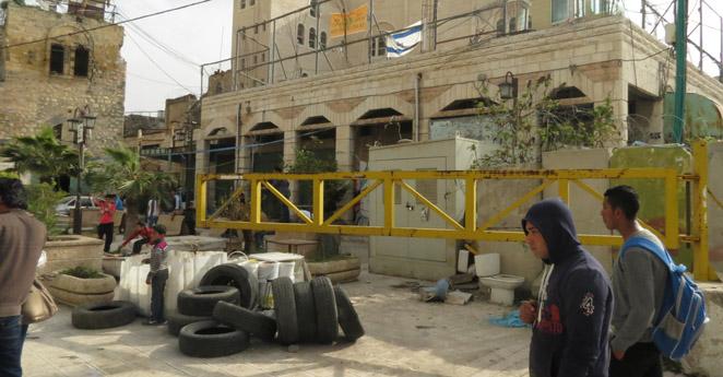 Israel suspende polémica medida que segregaba a palestinos en autobuses