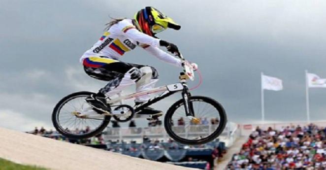 Mariana Pajón gana contrarreloj en mundial BMX