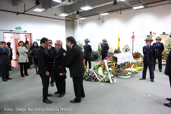 funeral bombero muerto