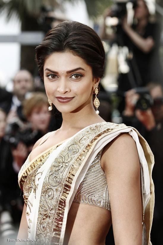 lanquearse Deepika Padukone-