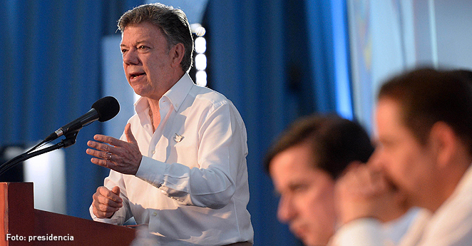 Santos critica decisión de gobierno venezolano de cerrar la frontera