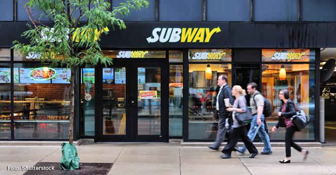 La cucaracha en un sándwich ¿guerra social contra Subway?