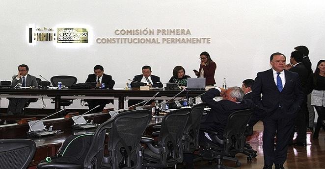 En quinto debate aprueban superpoderes a Santos para la paz