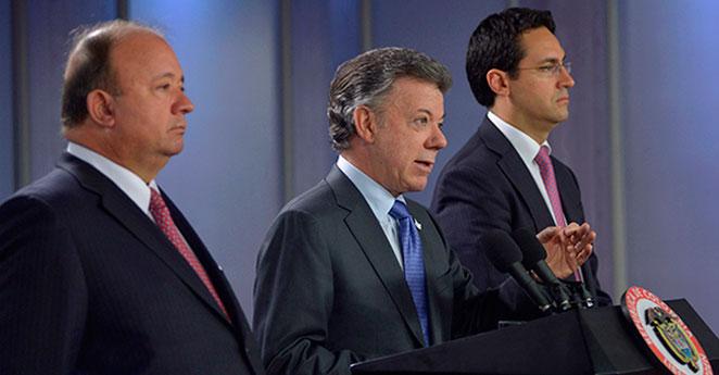 Santos creará comisión para investigar corrupción en la Policía