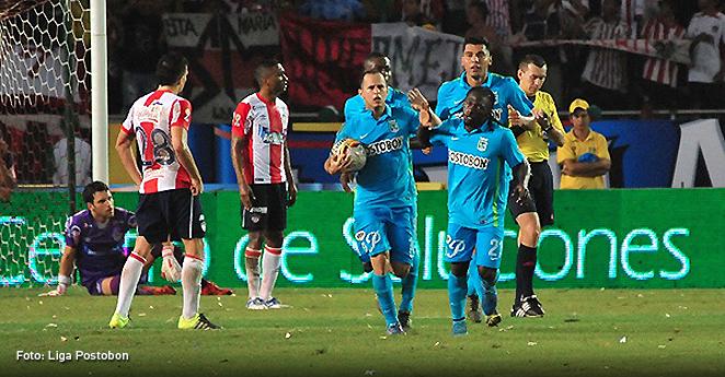Errores y aciertos de Nacional y Junior en el partido de ida de la final