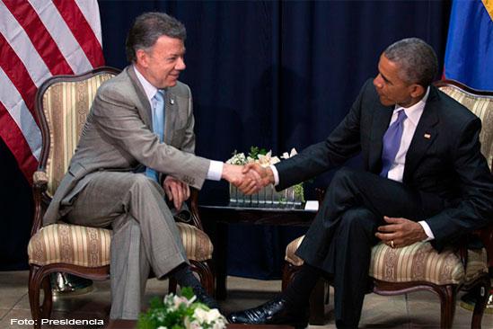 Obama-y-Santos