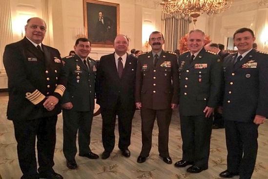 Cúpula militar en la Casa Blanca