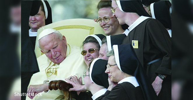 Durante 30 años Juan Pablo II se escribió cartas con una mujer casada